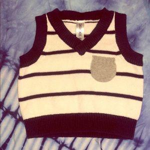 ✨4/$15✨ Cherokee newborn Sweater Vest